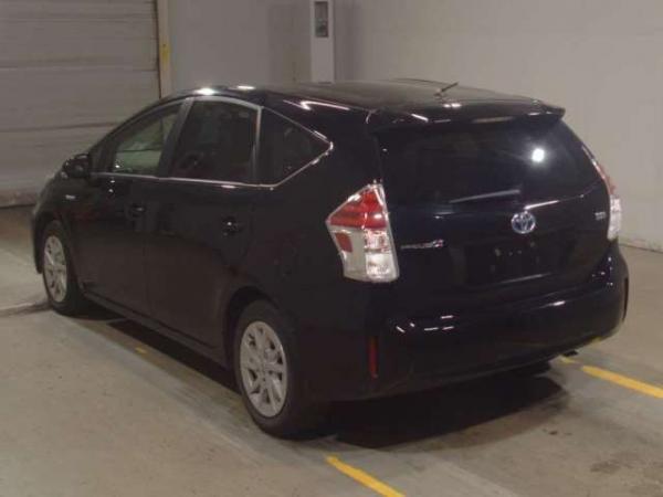 Toyota Prius a I Рестайлинг