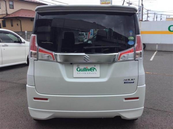 Suzuki Solio III белый сзади