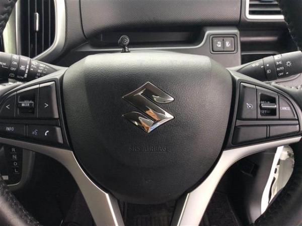 Suzuki Solio III руль
