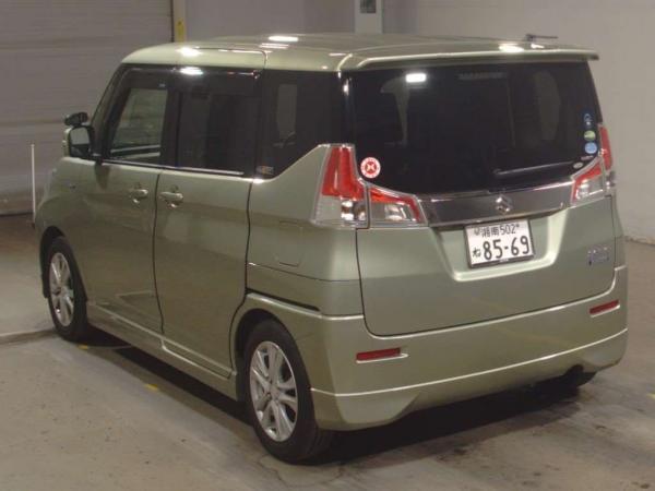 Suzuki Solio III серый сзади