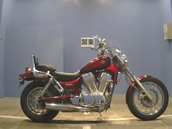 Suzuki Intruder 1400 1998 красный сбоку