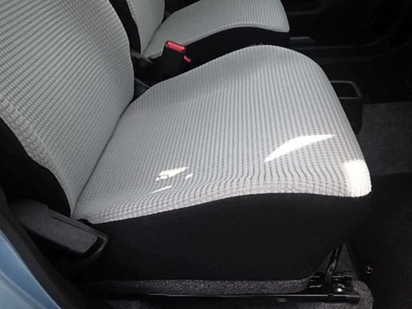 Mazda Carol VII 2015 передние сидения