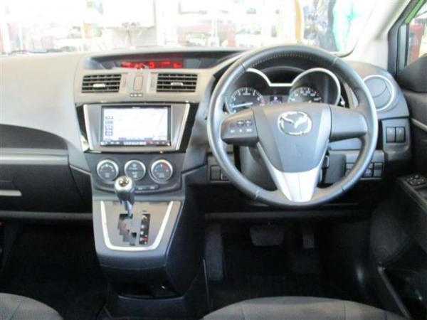 Mazda Premacy III салон