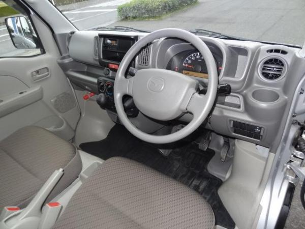 Mazda Scrum V салон