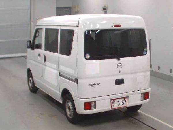 Mazda Scrum V белый сзади