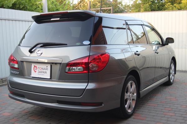 Nissan Wingroad 2015 серый сзади