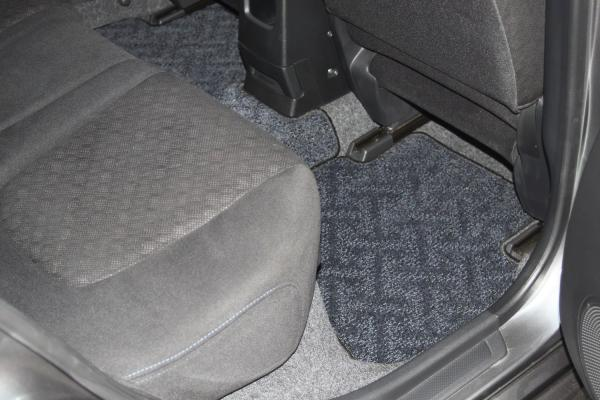 Nissan Wingroad 2015 серый коврик