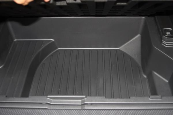 Nissan Wingroad коврик