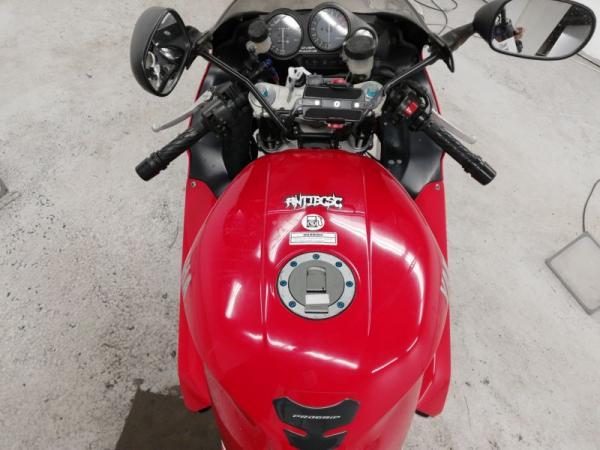 Yamaha YZF1000R 1999 красный бак
