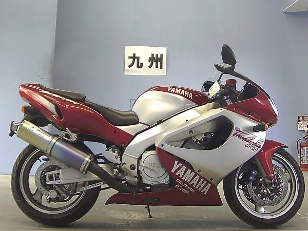 Yamaha YZF1000R красный