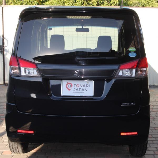 Suzuki Solio черный вид сзади