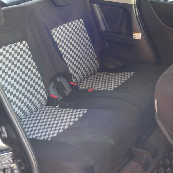 Suzuki Solio 2014 черный задние сидения