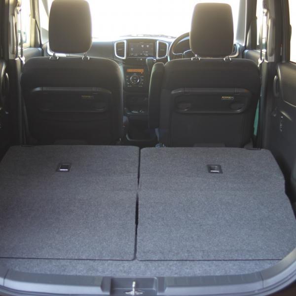Suzuki Solio 2014 черный разобранный багажник