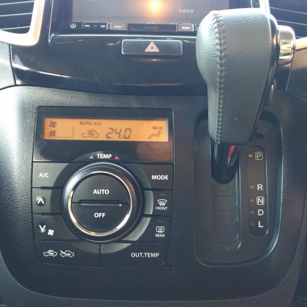 Suzuki Solio 2014 черный коробока передач