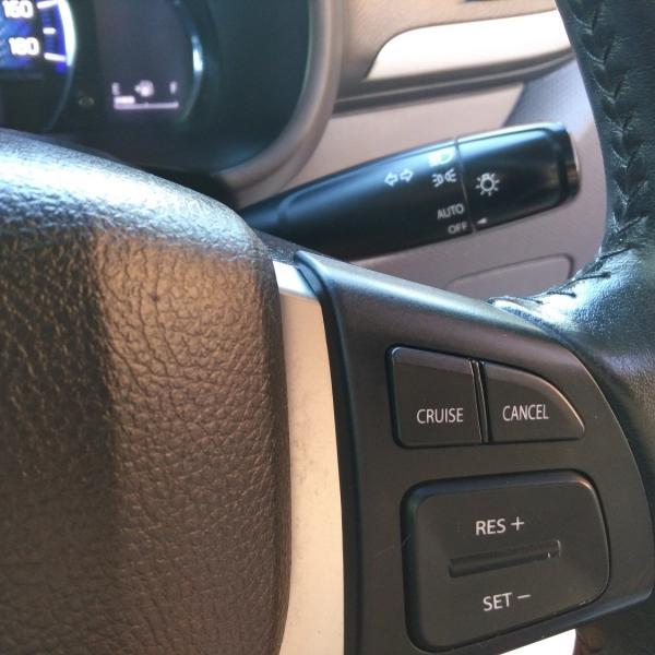 Suzuki Solio черный руль