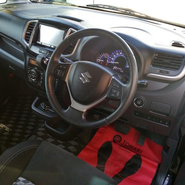 Suzuki Solio 2014 черный интерьер