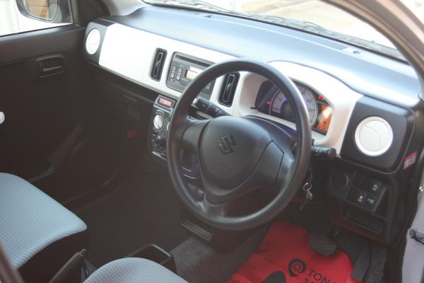 Suzuki Alto VIII 2015 салон