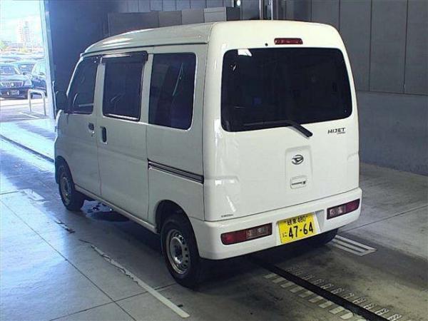 Daihatsu Hijet X Рестайлинг белый сзади