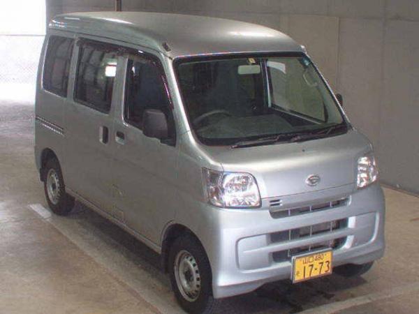Daihatsu Hijet X Рестайлинг серый
