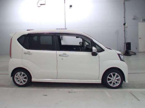 Daihatsu Move VI Рестайлинг белый сбоку