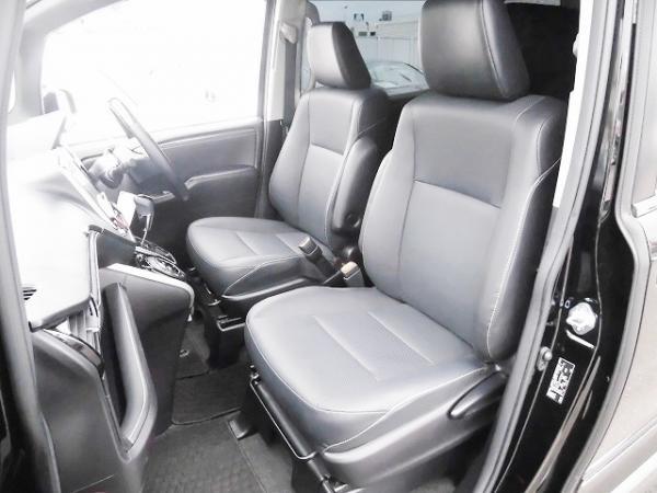 Toyota Esquire I