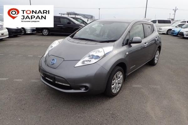 Nissan Leaf 2014 серый