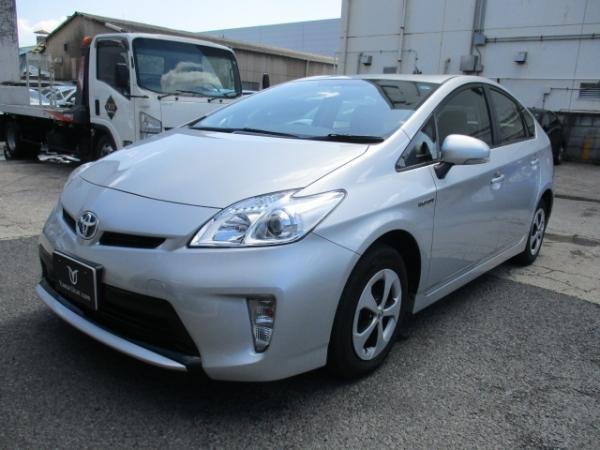 Toyota Prius III Рестайлинг