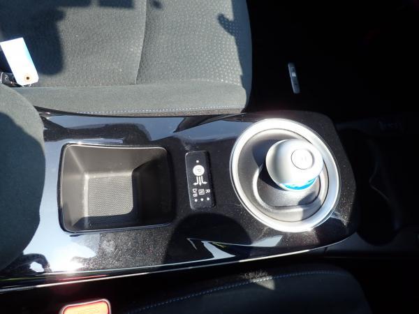 Nissan Leaf 2014 коробка передач