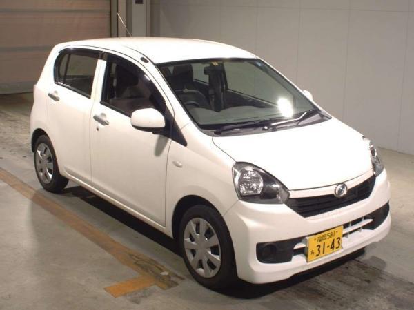 Daihatsu Mira 2015 белый перед