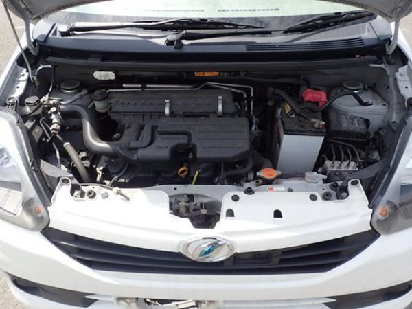 Daihatsu Mira 2015 белый двигатель