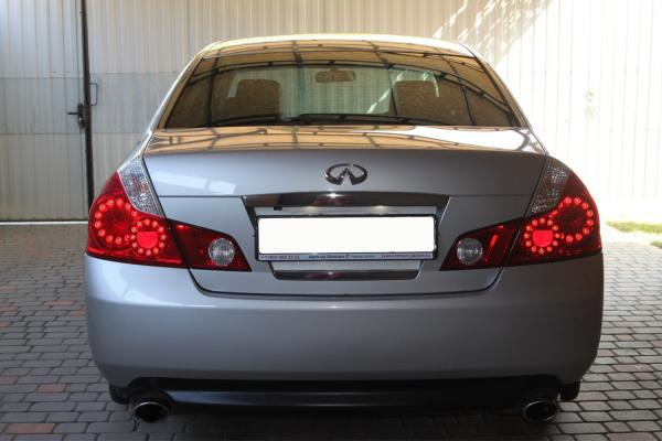 Nissan Fuga 2006 серый сзади