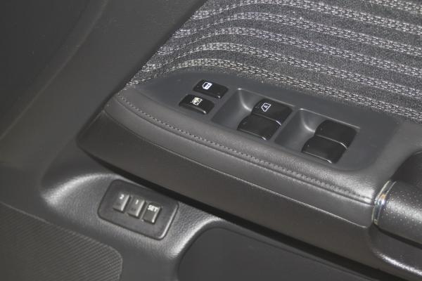 Nissan Fuga кнопки