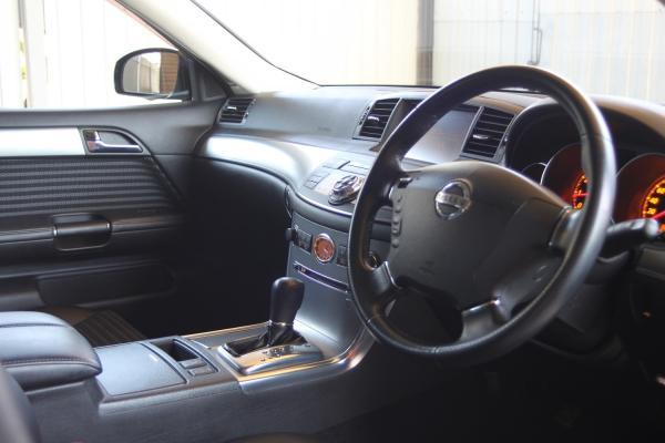 Nissan Fuga I Рестайлинг руль