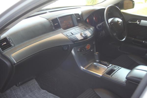 Nissan Fuga 2006 интерьер