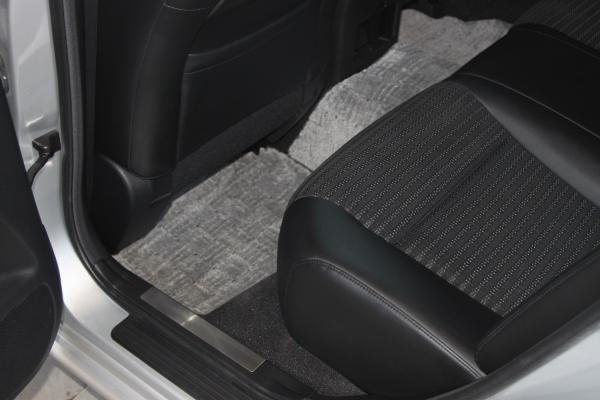 Nissan Fuga I Рестайлинг ковры