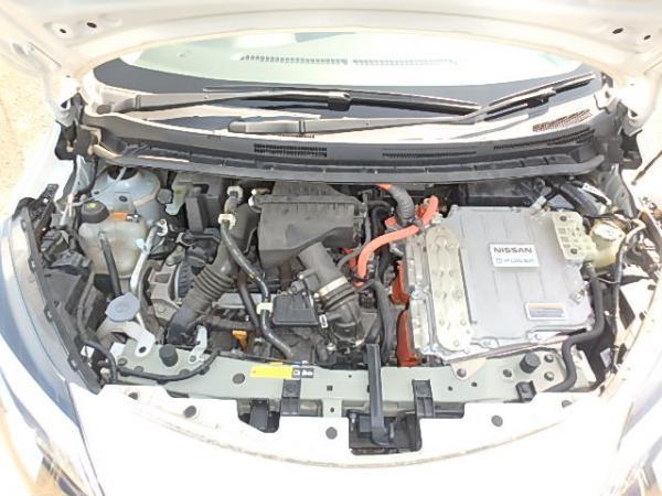 Nissan Note 2016 белый двигатель