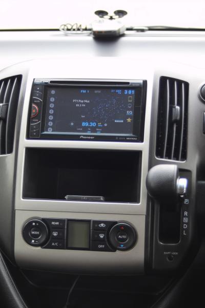 Nissan Serena 2007 приборы