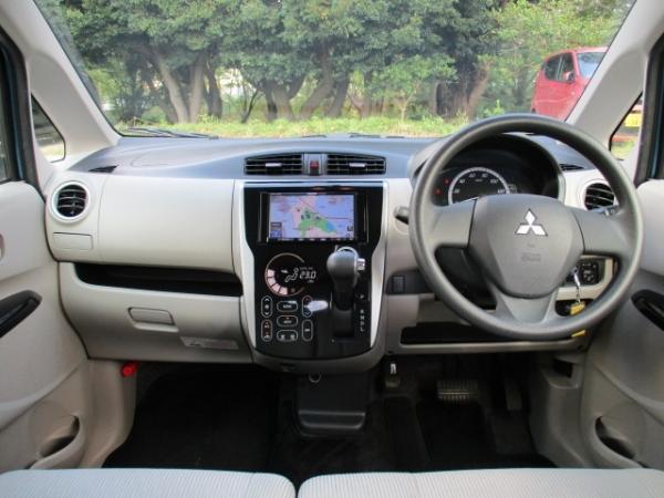 Mitsubishi eK Wagon 2015 салон