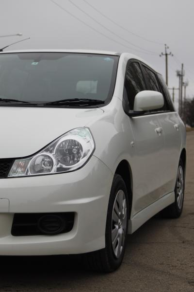 Nissan Wingroad 2016 белый фара