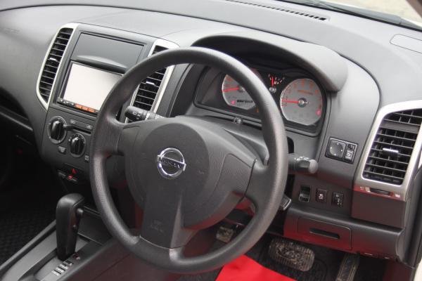 Nissan Wingroad 2016 руль