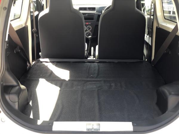 Daihatsu Mira VII багажник