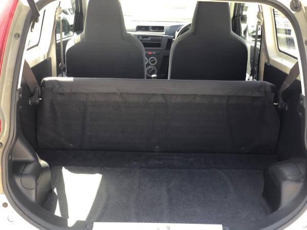 Daihatsu Mira багажник