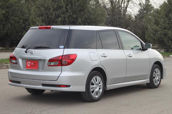 Nissan Wingroad 2017 серый зад
