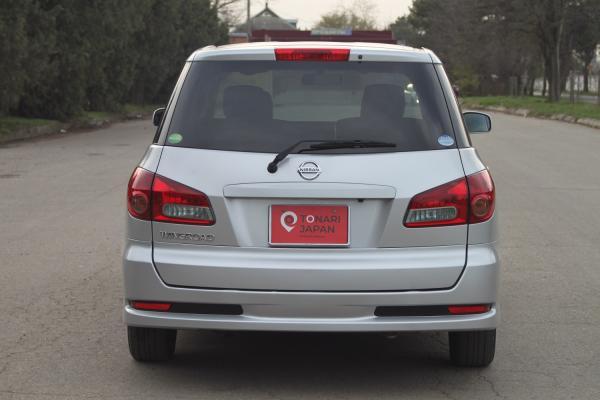 Nissan Wingroad 2017 серый сзади