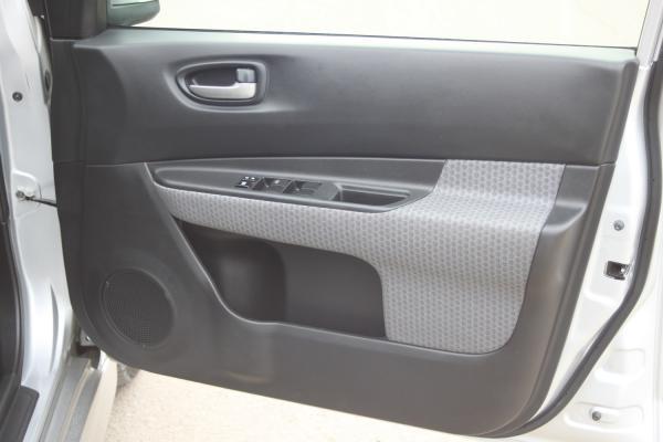 Nissan Wingroad 2017 серый дверь