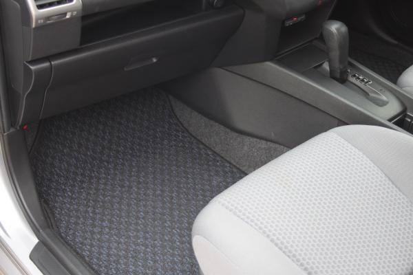 Nissan Wingroad 2017 коврик