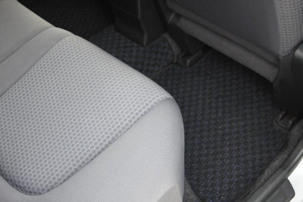 Nissan Wingroad серый ковры