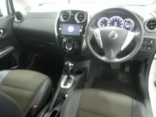 Nissan Note 2015 салон