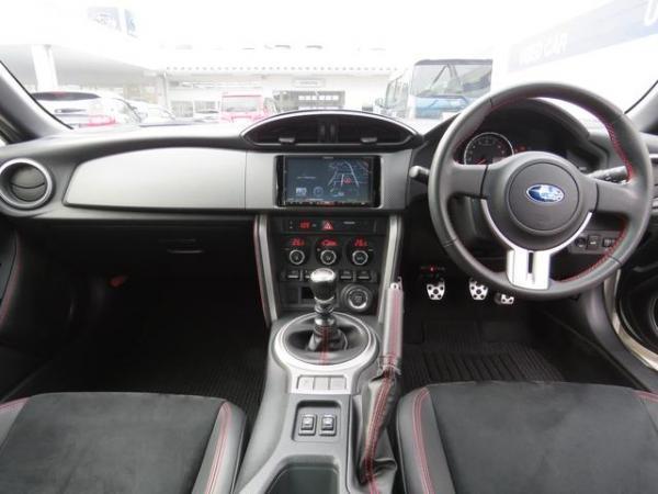 Subaru BRZ I 2016 салон