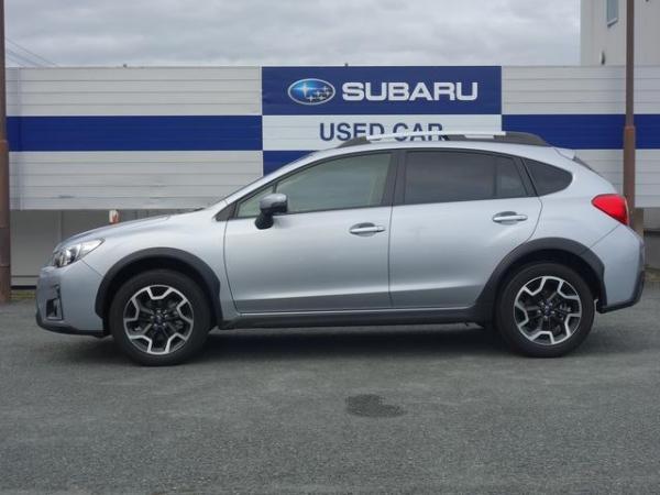 Subaru XV I Рестайлинг 2016 серый сбоку
